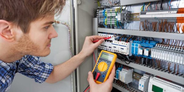 Get-Fast-and-reliable-electricians-in-Los-Angeles